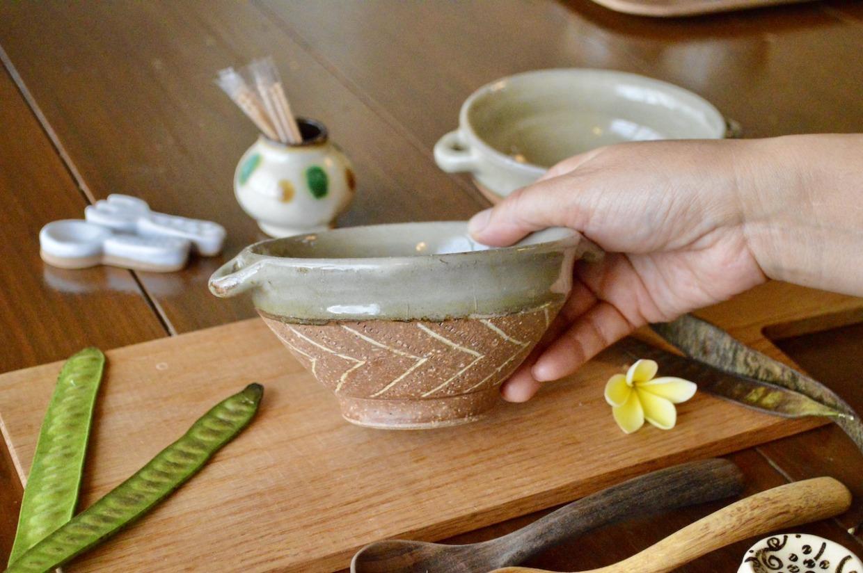 工房コキュ 取手付きスープ碗(ツートン矢羽柄)