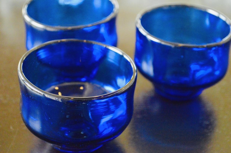 吹きガラス工房彩砂(るり)  ぐいのみ 青